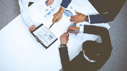 Stepstone stellt Gehaltsreport 2015 für Fach- und Führungskräfte vor